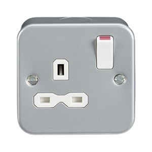 Metal Clad Single Switched Socket 13A DP