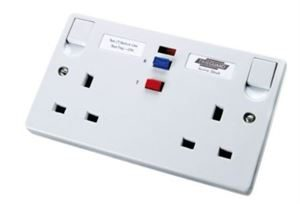 2 Gang Socket RCD White moulded active non Latching